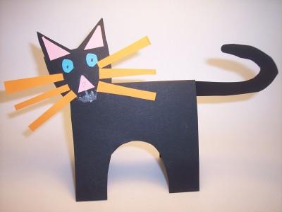 Lavoretti per Halloween: il gatto nero