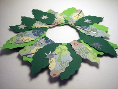 Lavoretti di Natale: Ghirlanda di carta e cartone