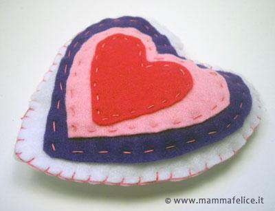 San Valentino: decorazione di feltro