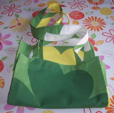 Una shopper di tela e il compleanno di un'amica