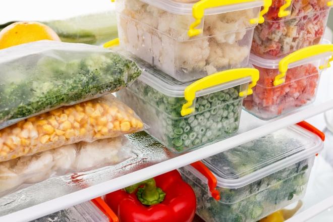 Sughi e altri alimenti da congelare da preparare in for Cucinare e congelare
