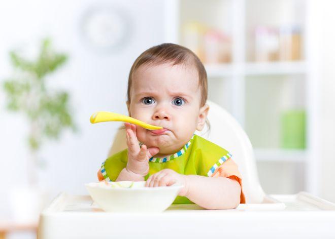 cosa-fare-quando-un-bambino-non-mangia