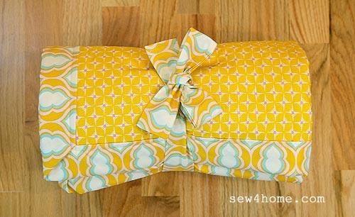 Come cucire un tappeto per giocare mamma felice for Come costruire un aggiunta coperta