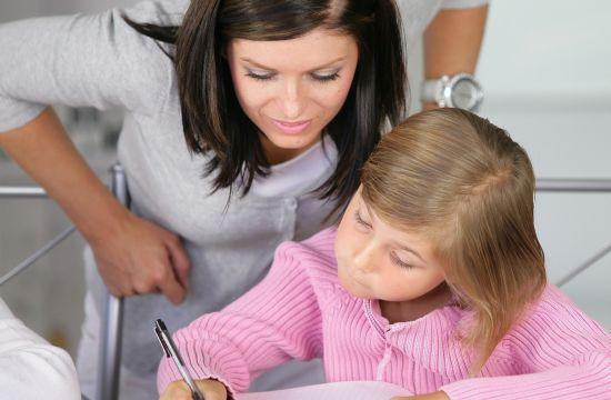 compiti delle vacanze: come aiutare i figli?