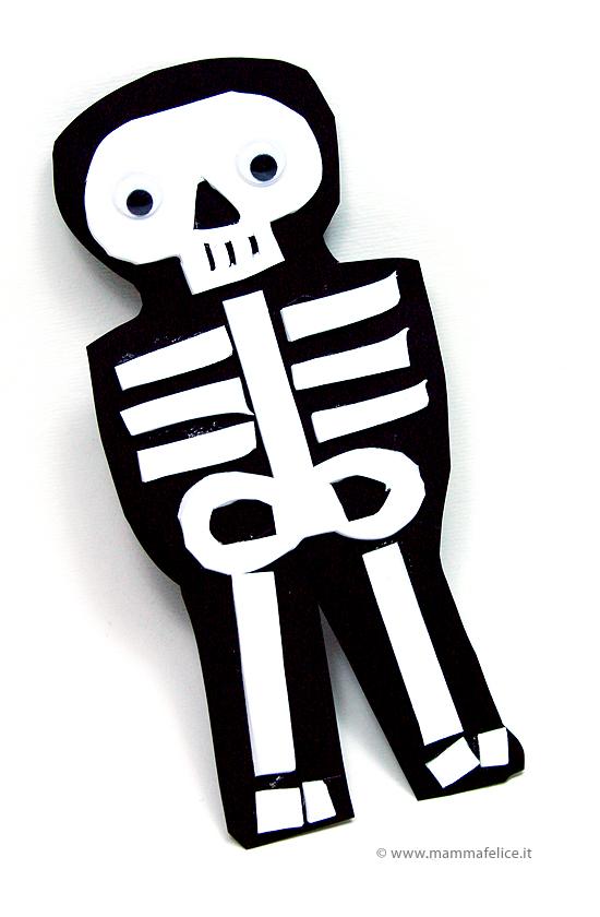 lavoretti di halloween a forma di scheletro