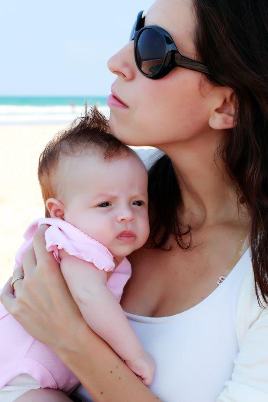 Posso andare in vacanza al mare con un neonato mamma felice - Andare spesso in bagno ...