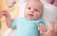 come-curare-diarrea-dissenteria-neonati-bambini