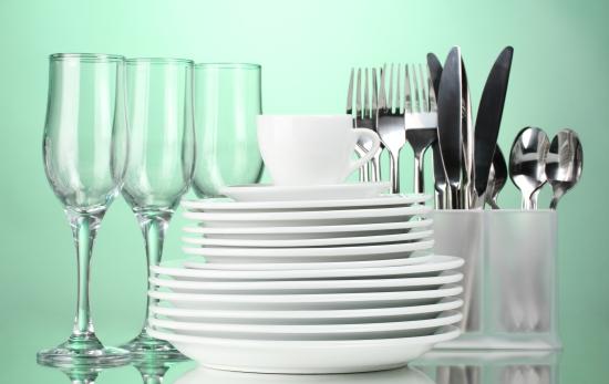 Carte tematiche in cucina le stoviglie mamma felice - Stoviglie e utensili da cucina ...
