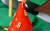 albero-natale-feltro-rosso