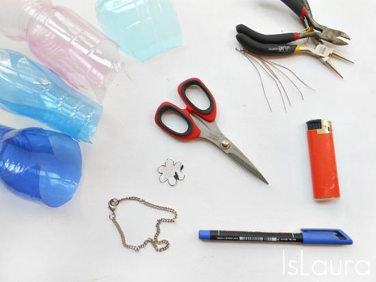 occorrente bracciali con fiori di plastica riciclata