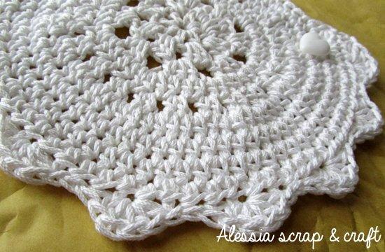 bavalino a crochet particolare
