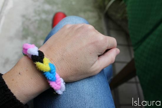 finger knitting con elastici  per capelli