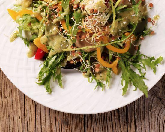 insalata-funghi-lenticchie-germogli