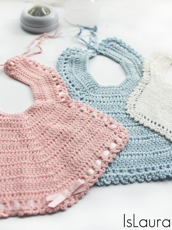 bavaglini a crochet rosa azzurro e bianco