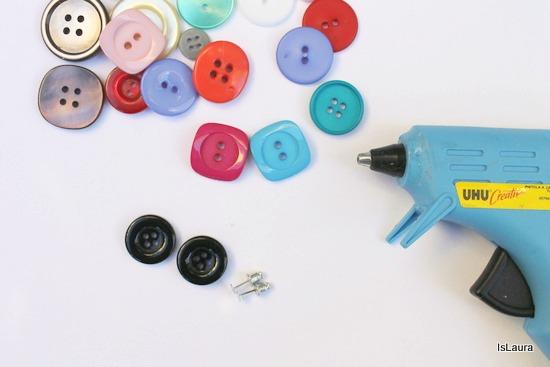 occorrente orecchini con bottoni