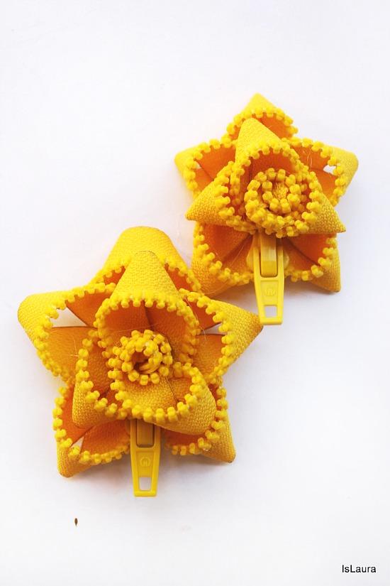 fiore giallo di cerniere