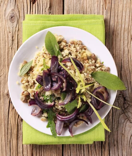 insalata-couscous-invernale-lenticchie-cipolle