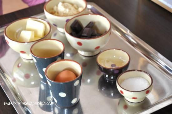 metodo-montessori-esercizi-vita-pratica-cucinare-con-i-bambini