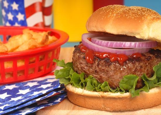 ricette-americane-festa-4-luglio-indipendenza-hamburger-cheesburger