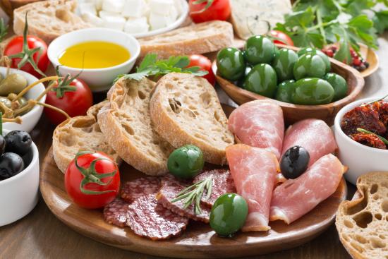 antipasto-cena-estiva-fredda-veloce-economica-risparmiare-famiglia