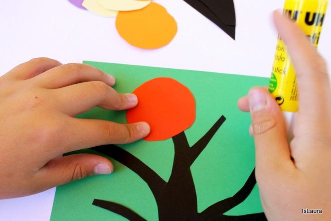 Incollaggio fiori vari colori cartoncinoper Kandinshy trees bambini