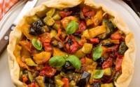 ricetta-torta-salata-alla-caponata-vegetariana-svuotafrigo-riciclare-gli-avanzi