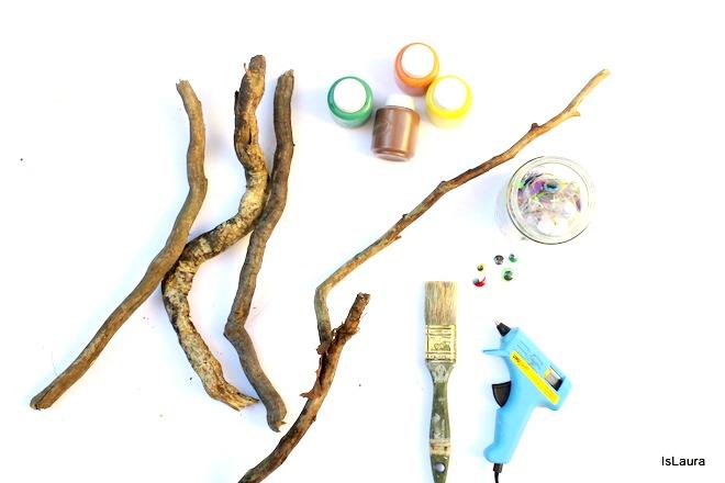Occorrente legnetti dipinti che diventano serpenti. Lavoretto autunno