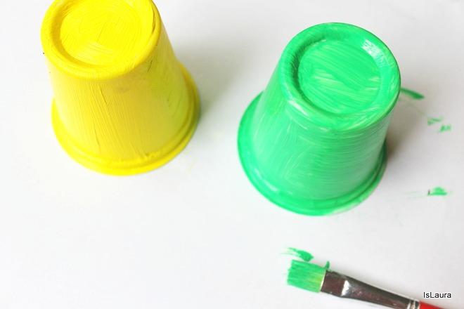 Come colorare bicchieri  dello Yogurt per Halloween