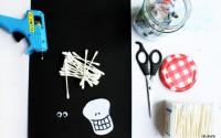Gioco per Halloween: scheletro di cotton fioc