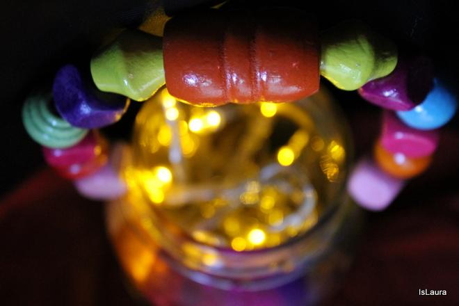 come fare lanterne di San Martino con vasi di vetro e perline