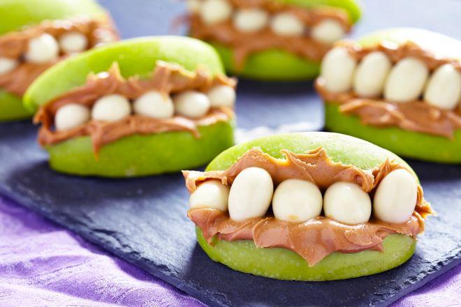 ricette-di-halloween-per-bambini-mele-dentiere