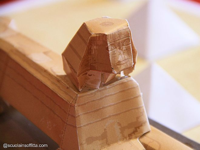 storia-per-bambini-antichi-egizi-modellino-piramidi