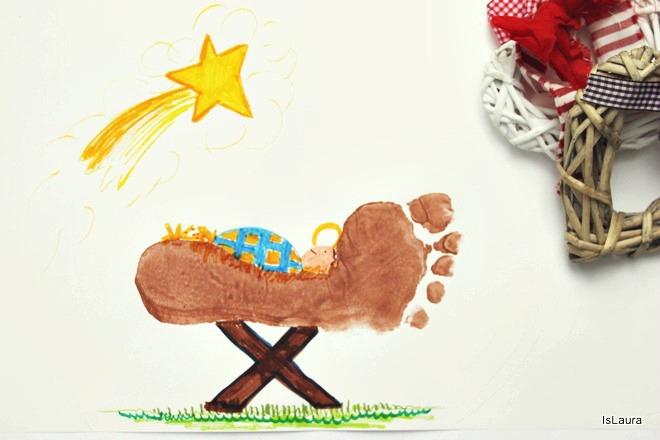 Come fare  biglietto di Auguri Natale con impressione piedi mangiatoia Gesù bambino