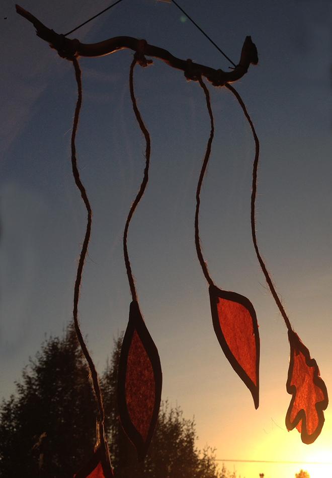 Ghirlanda-di-foglie-carta-velina-8