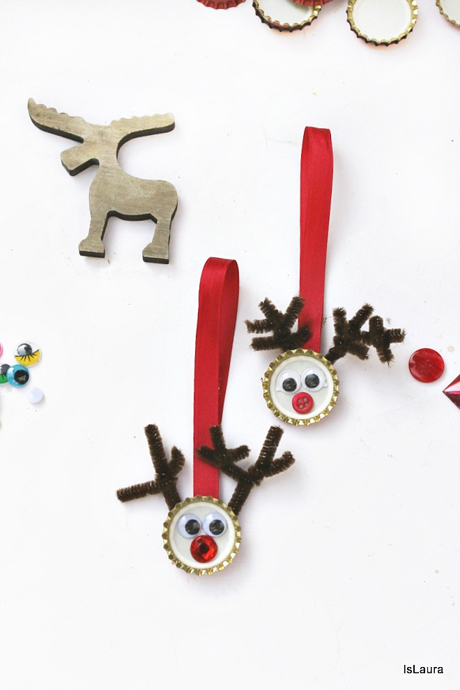 Tutorial-come-fare-una-renna-da-appendere-per-Natale-con-tappi-metallici