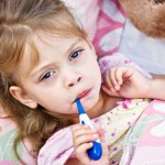 Automedicazione e bambini: come usare meglio i farmaci da banco