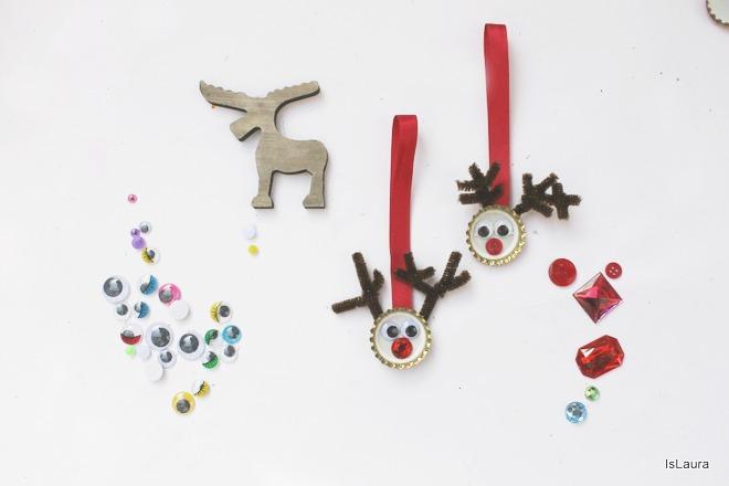 come-fare-una-renna-da-appendere-per-Natale-con-tappi-metallici