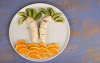 Merenda divertente di frutta fresca