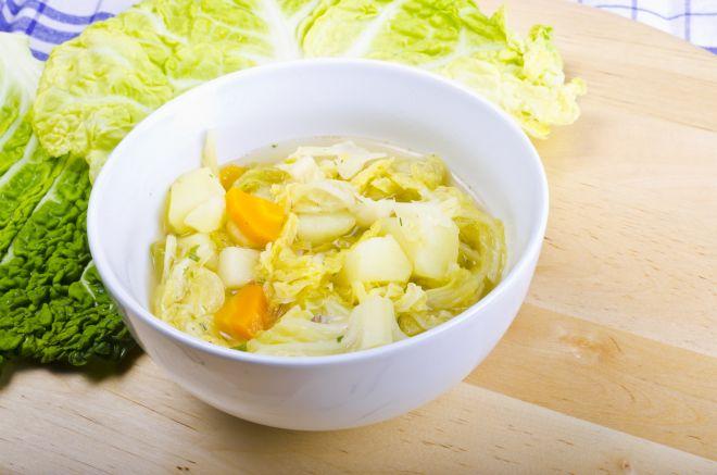 ricetta-svezzamento-8-9-mesi-minestra-verza-e-patata