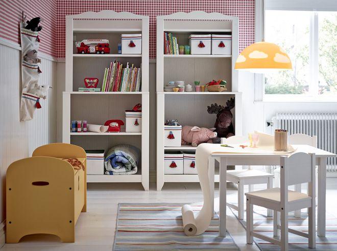 Scaffali librerie stile montessori da ikea mamma felice for Scaffali per vino ikea