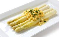 aspargi-alla-veneta-con-salsa-di-uova-sode