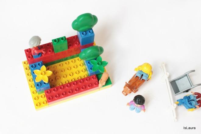 come-fare-poggia-telefono-con-lego