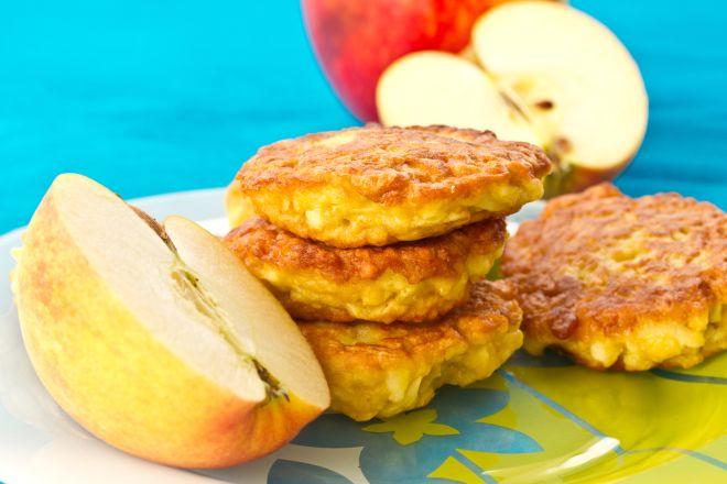 merende-per-la-scuola-pancakes-al-parmigiano-piu-mela