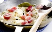 ricette-tradizionali-trentine-crauti-con-speck
