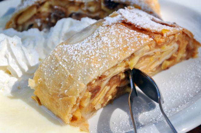 ricette-tradizionali-trentine-strudel-di-mele