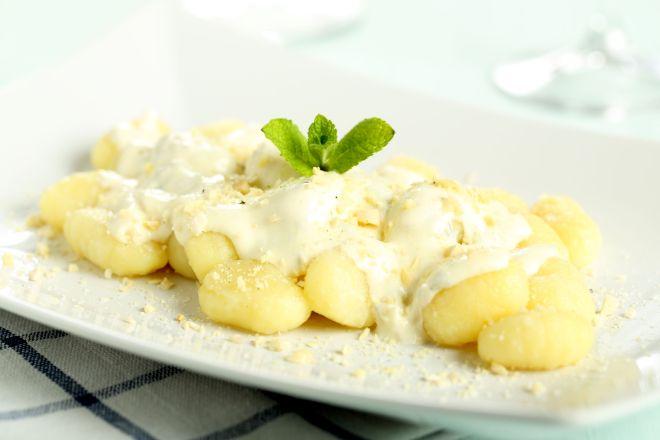 ricette-tradizionali-valdostane-gnocchi-con-fonduta