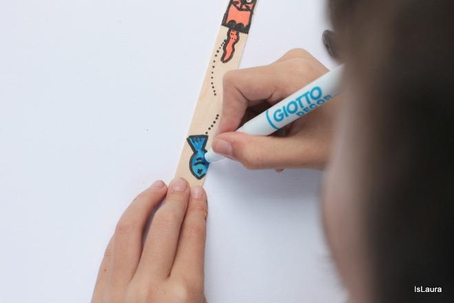 segnalibri-su-stecchi-di-legno-disegnati-dai-bimbi