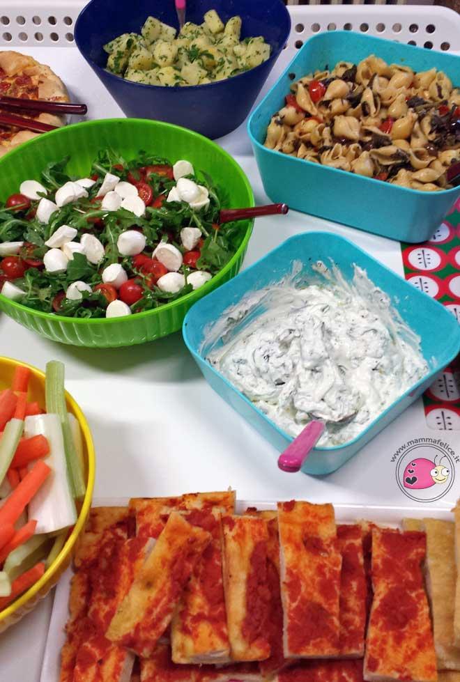 Organizzare un aperitivo per tante persone mamma felice for Idee per aperitivo a casa