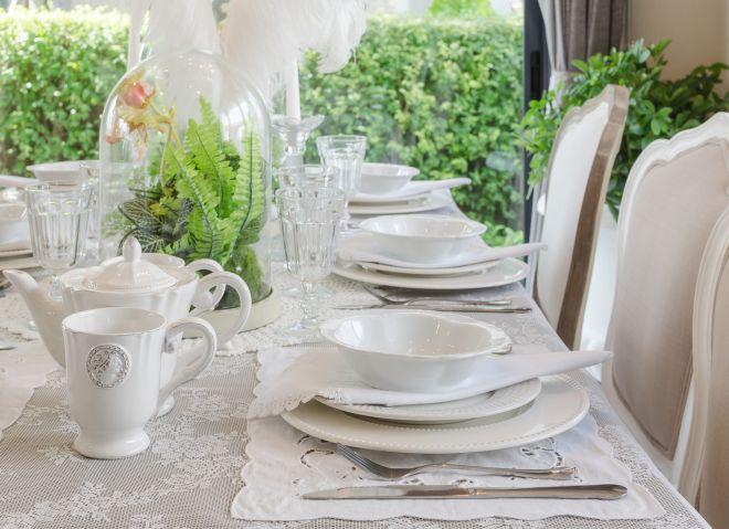 Come si apparecchia la tavola mamma felice - Apparecchiare una tavola elegante ...