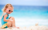 consigli-per-non-perdere-bambini-in-spiaggia-al-mare
